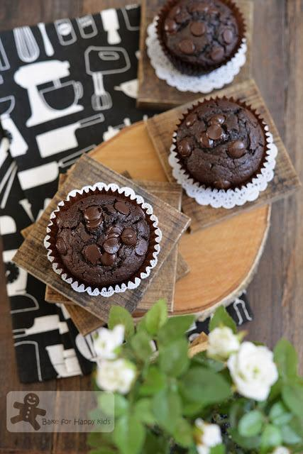 easy double chocolate mayonnaise muffin cake