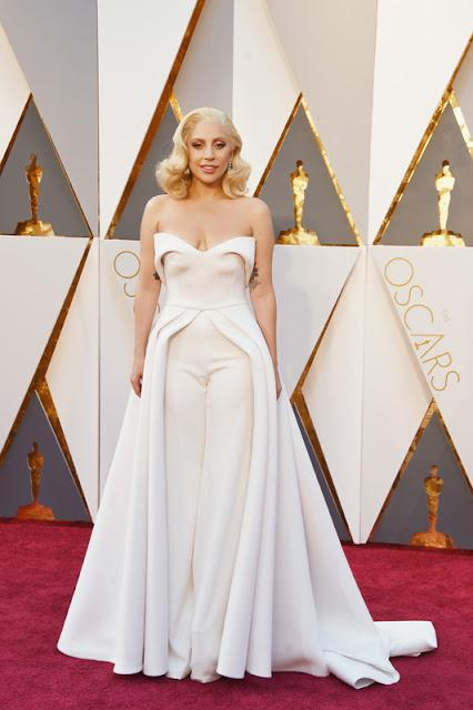 Oscars Frocks 2016 - Arachnophobia, Amputees and the Emperor's New Clothes
