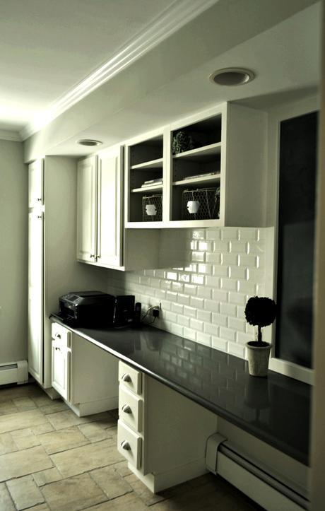 chalk painted laundry room
