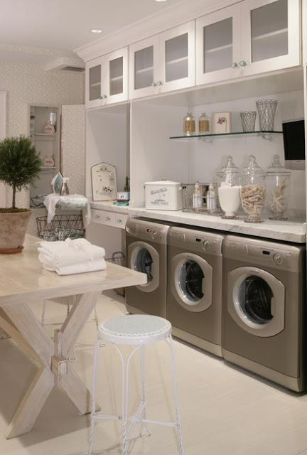 laundry-room- center island glass canisters