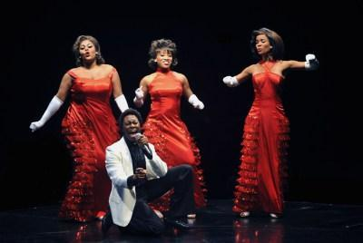 Dreamgirls-Marriott-Theatre-Jimmy-and-Dreamettes-2
