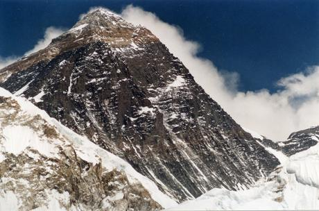 The Next Big Winter Mountaineering Challenge? Everest Without Oxygen