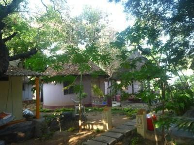 Backpacking in India: Staying in Paradise at Mowgli Guest House in Hampi