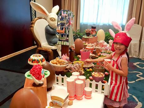 A chocolate mushroom full of treats {Enchanted Mushroom Workshop experience in Shangri-La Hotel}