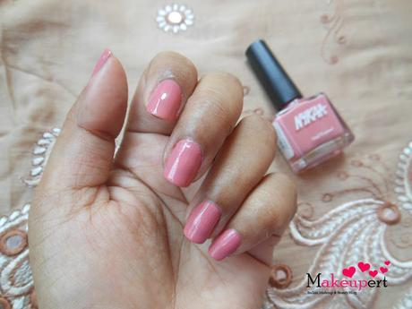 Nykaa Pop & Pastel Nail Enamels // Review,  Nail Swatches, Shades