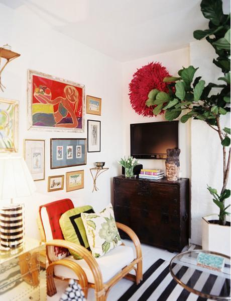 Bohemian Living Room With Gallery Wall Bar TV Juju