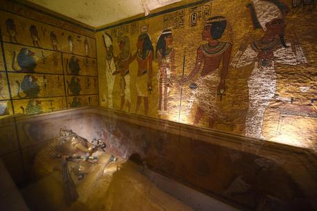 Hidden Chambers Confirmed in King Tut's Tomb
