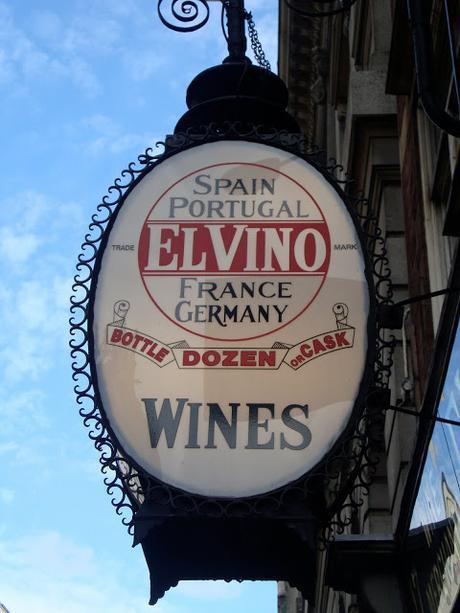 #LondonEating Fleet Street El Vino, @Pret & @leonrestaurants