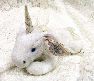 mystic_unicorn_coarse_yarn_mane_side_u