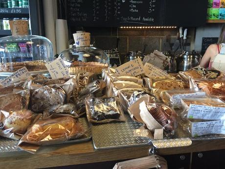 Fuckoffee_bermondsey_london_cakes