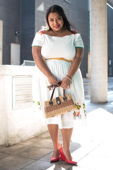 Petite Plus, Meow! wearing Tatyana Flower Cart dress