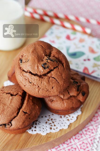 Dried Cherry Chocolate Muffins (William Sonoma) - Paperblog