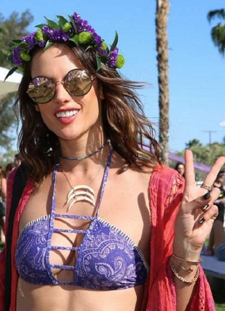 Alessandra Ambrosio - Coachella looks to kiss
