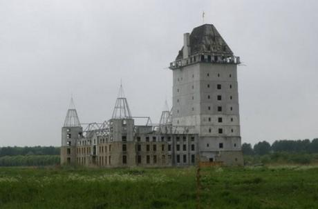 The Abandoned Castle, Almere