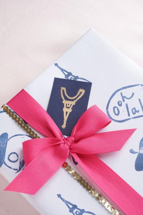 DIY Lino Stamp Gift Wrap