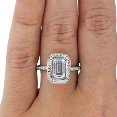 A Jaffe Art Deco style engagement ring