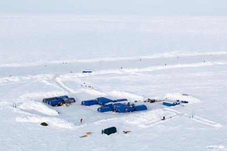 Barneo Ice Camp Closes for 2016