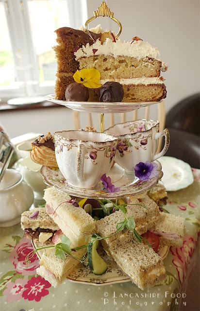 Middle Holly Cottage Tea Room and Cake Parlour - Afternoon tea