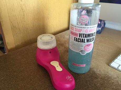 Soap & Glory Face Soap And Clarity Daily Detox Vitamin C Facial Wash - Review
