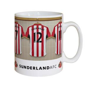 The classic 'dressing room' mug. An Everton fan could be the recipient of a mug (with suitably modified design), but only if correct and first with a winning scoreline for Sunderland