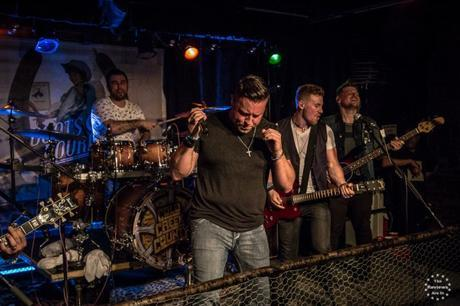 CMW 2016: Country Music Friday with Cold Creek County, Chris Lane, River Town Saints, Petric & Domino