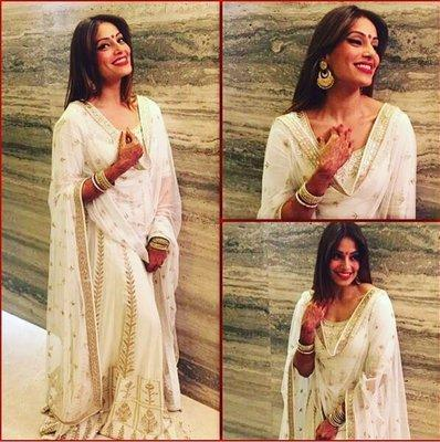 Style inspiratyion to wear white on white this summer.  Indian Ethnic Traditional Wears