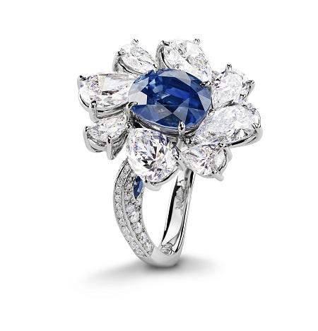 Glowing Jellyfish: Gübelin's magnificent sapphire ring