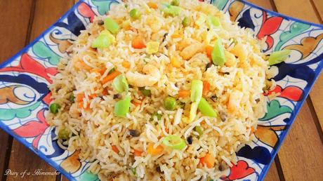 prawn-stir-fried-rice-easy-quick-one-pot-healthy-Chinese-mushrooms-carrots-peas-spring-onions-