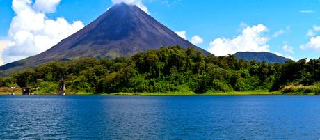 Travel to Costa Rica- from the Pacific Ocean to the Caribbean Sea