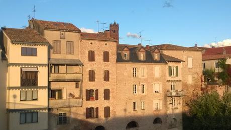 Villeneuve-sur-Lot, fachadas mirando al sol