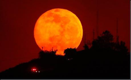 The Full Moon in Sagittarius on 21st May 2016 - Full of fire and brimstone