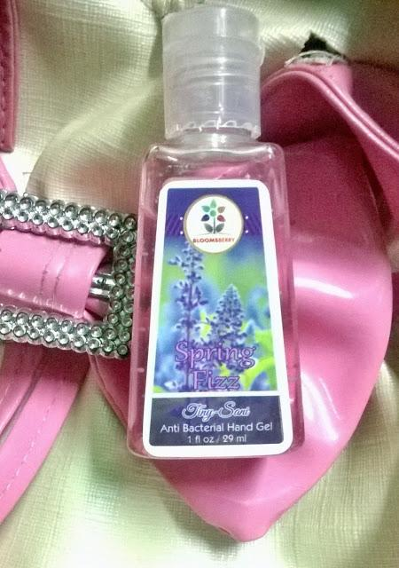 BLOOMSBERRY TINY-SANI ANTI BACTERIAL HAND GEL REVIEW