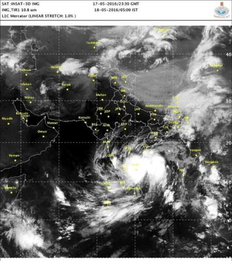 Summer rains bring relief (!) or worry to Chennai !!