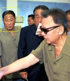 Kang Sok Ju (annotated) visits a Pyongyang shop with late DPRK leader Kim Jong Il during August 2009 (NK Leadership Watch file photo).