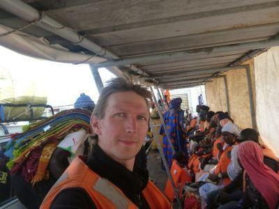 Crossing Senegal by boat at Foundiougne, no backpack