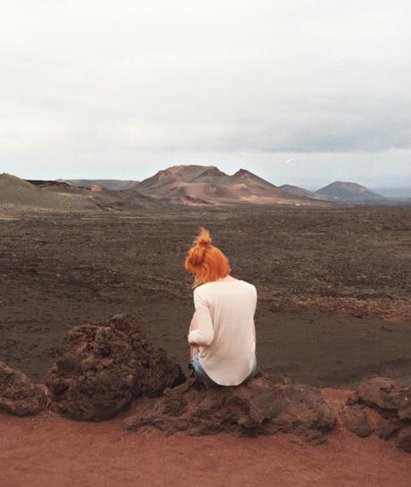 Ten Bloggers Sent to a Desert Island