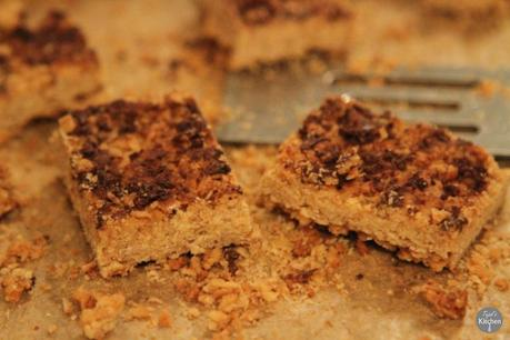 Crunchy Chocolate Flapjack Bars