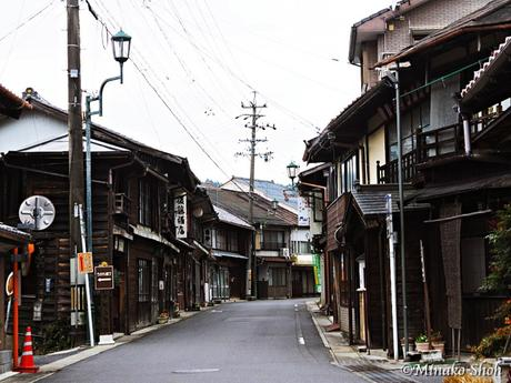 中馬街道の脇道宿場町、日本大正村・明智 /  Akechi, where Nanboku and Chuma highways come together.