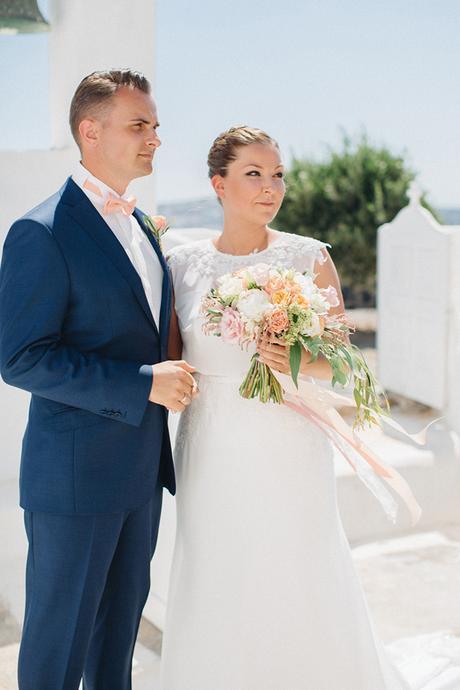 peach-and-white-wedding