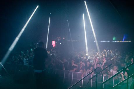 DJ Er Du Dum Eller Hvad thanks the energetic crowd.