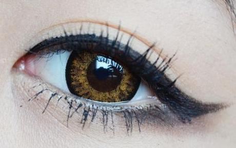 brown colored lenses on brown eyes