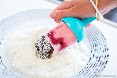 Fitness On Toast Faya Healthy Blog Recipe Girl Food Treat Summer Ice Cream Make Your Own Fruit Lifestyle Jaeger Fresh OOTD Look London-8