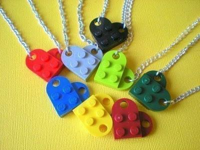 Minute Make - Valentine Lego necklace