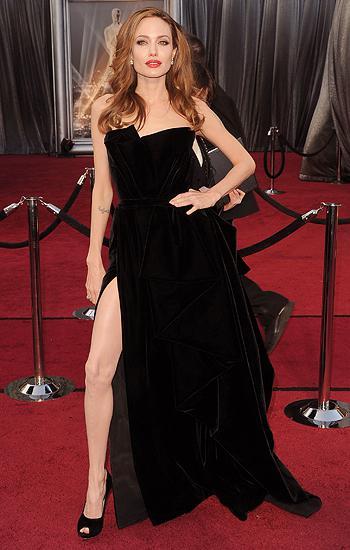 Angelina Jolie 2012 Oscars, angie's right leg, leg, oscars 2012, angelina leg, atelier versace, slit, neil lane