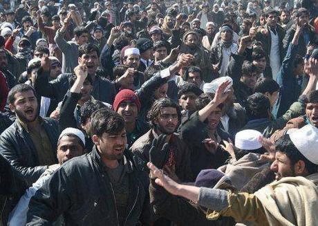 Koran-burning crisis in Afghanistan mounts, despite Obama apology