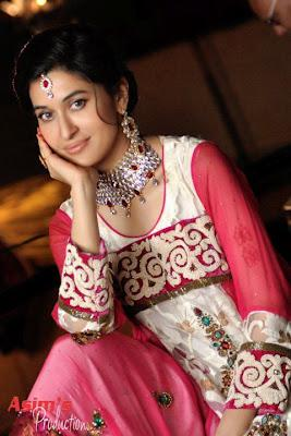 Shaista wahidi in wedding wardrobe