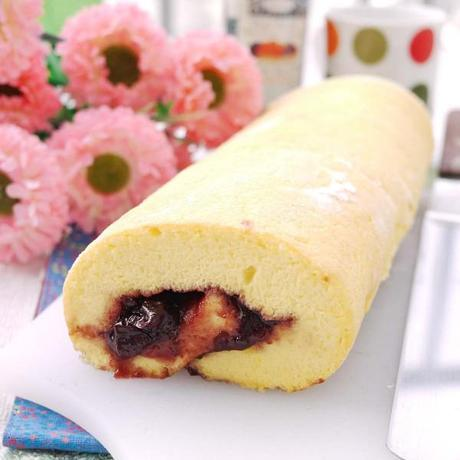Swiss Roll With Mixed Berry Jam