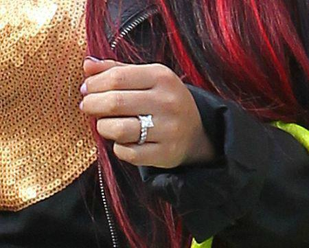 Snooki, engaged, pregnant, snooki engagement, snooki engagement ring, jionni lavalle