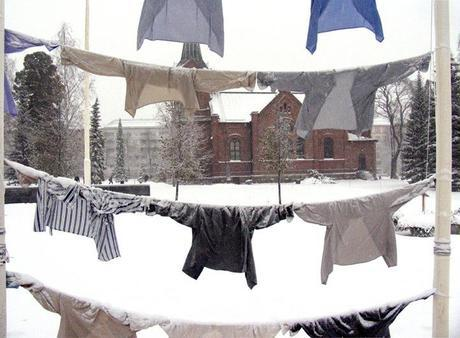 Artist Uses Clothesline Installations As Art | Art