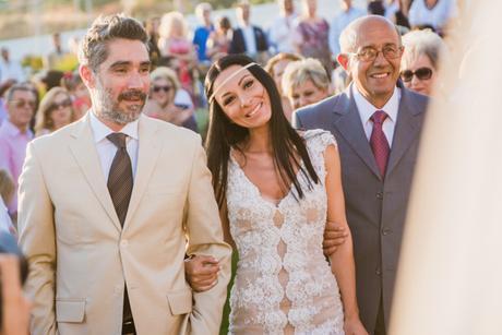 v-neck-wedding-dress